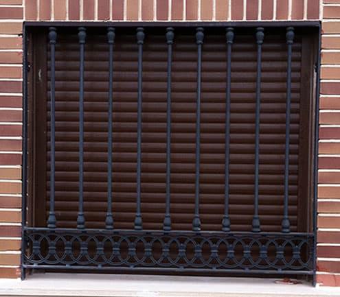 Modelos rejas metalicas para puertas for Modelos de puertas